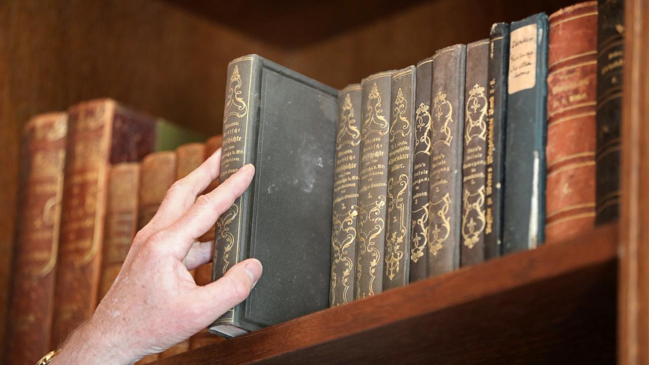"""Литературная загадка: учёные выяснили, сколько людей писали поэму """"Беовульф"""""""