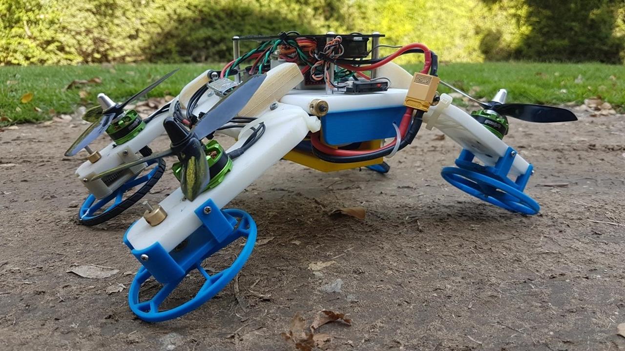 Новый робот-трансформер летает и передвигается по земле, используя одни и те же двигатели