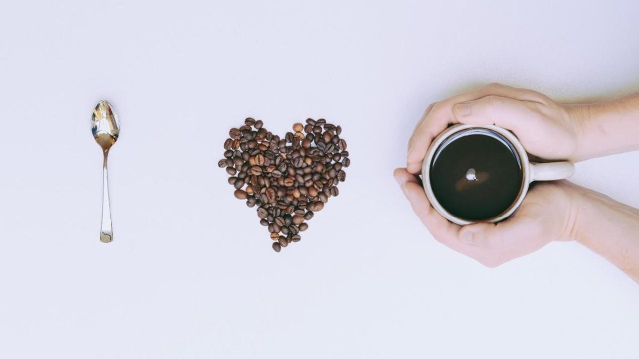 Хоть 25 чашек в день: кофе не вредит артериям