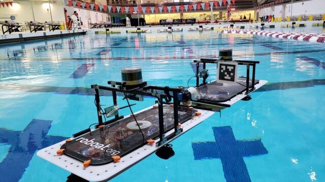 Испытаны плавучие роботы, которые объединяются в платформы и мосты