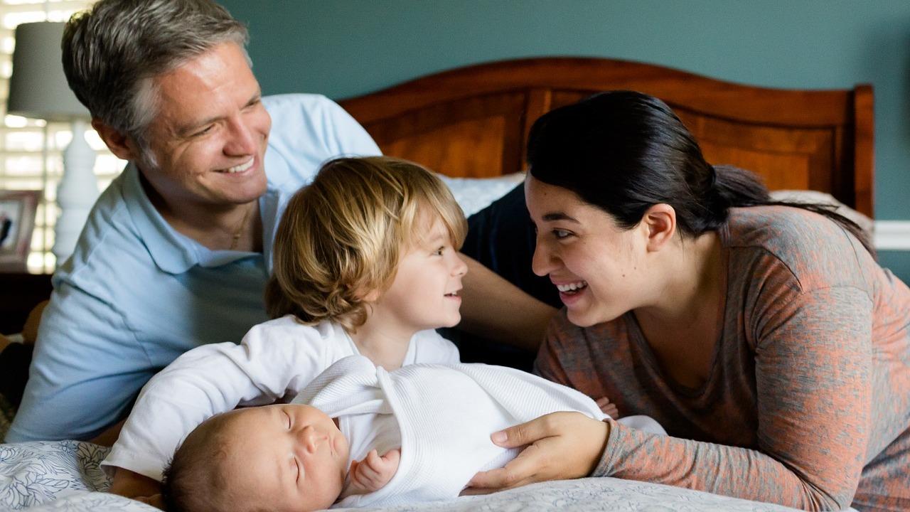 Доказано наукой: дети делают родителей счастливее