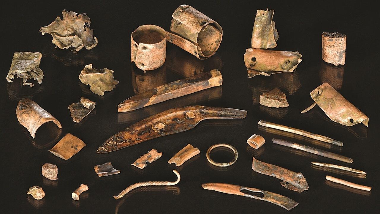 Археологи нашли личные вещи европейского воина бронзового века