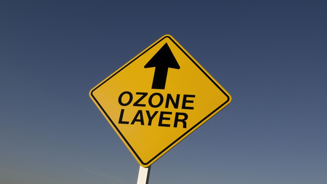 Эффект бабочки: сохранение озонового слоя уменьшило последствия изменения климата
