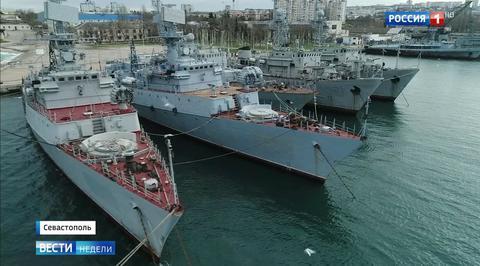 Путин предложил Украине забрать брошенную в Крыму военную технику