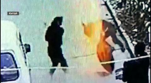В Китае мальчик бросил петарду в колодец с метаном