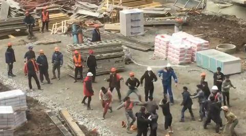 Таджикистан против КНДР: мигранты устроили массовую драку в Краснодаре
