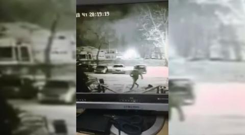 Нападение с ножом на женщину в Тольятти попало на видео