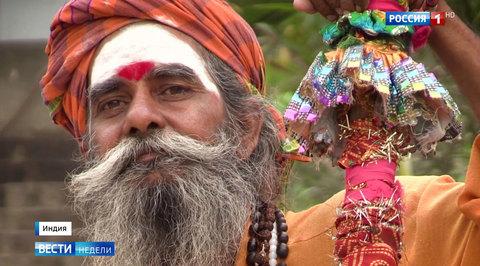 Выборы в Индии: избиратели молятся за своих кандидатов