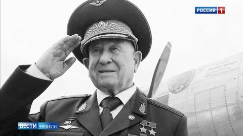 Почему Алексей Леонов мог не вернуться из открытого космоса
