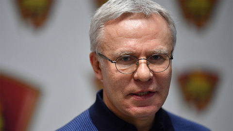 Настоящее историческое (Praesens historicum). Вячеслав Фетисов: Я принял решение, что хочу стать лучшим хоккеистом – это был 74-й год