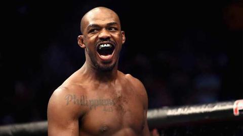 Экс-чемпион UFC Джонс арестован по подозрению в ряде преступлений