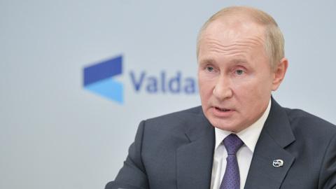 Путин ответил на острые вопросы и пошутил