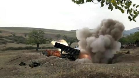 Баку и Ереван могут начать прямые военные действия друг против друга