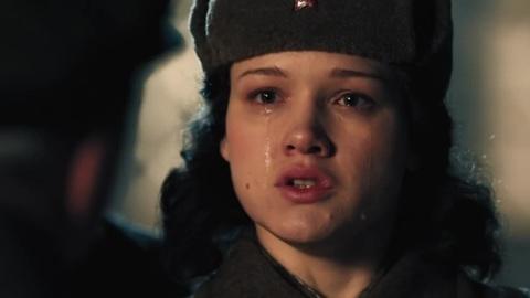 """Слезы и аплодисменты: премьера фильма """"Зоя"""" прошла на Поклонной горе"""