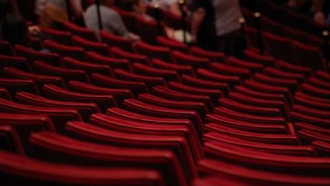 """Советник президента: """"Театр ничуть не опаснее самолета или торговых центров"""""""