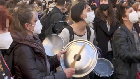 В Риме актёры, танцовщики и музыканты вышли на демонстрацию