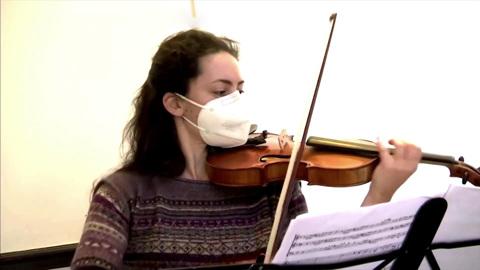В Германии можно заказать на дом выступление филармонического оркестра