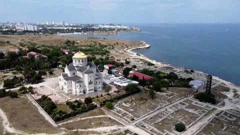Крым развивается и ждет гостей