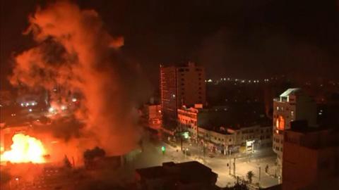 Ракеты, погромы, обстрелы: страшные кадры палестино-израильского конфликта