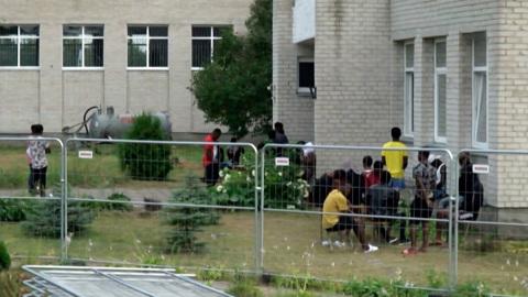 Бунт мигрантов в Литве: как власти собираются решать проблему