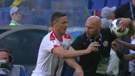 Эмоции зашкаливают: Сербия и Коста-Рика чуть не подрались из-за мяча