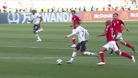 Впервые без голов: французы и датчане сыграли вничью