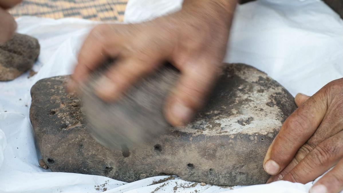 Остатки очень похожи на пресные лепёшки, найденные в нескольких неолитических и римских местах в Европе и Турции.