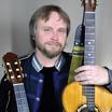 Кирилл Волжанин: романтика и гитара неотделимы