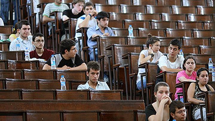 Глава Минобрнауки: студенты скоро вернутся к очному обучению