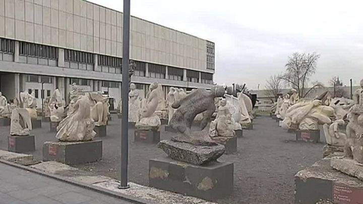 Актеры театра «Современник» споют хиты 60-х в парке «Музеон»