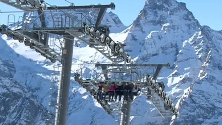 Шесть человек спаслись после схода лавины в Карачаево-Черкесии