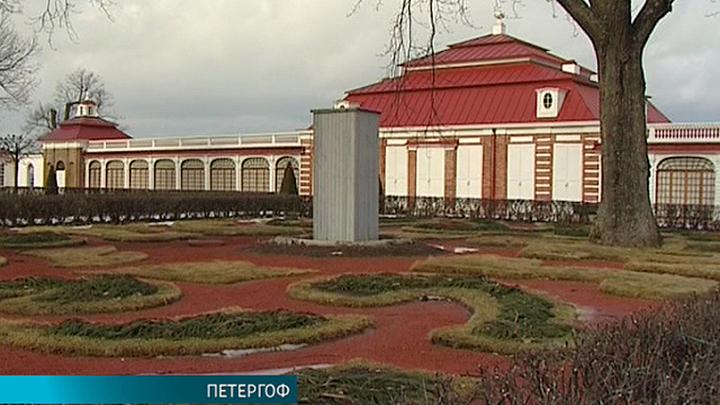 В Петергофе полным ходом идет подготовка к открытию летнего сезона