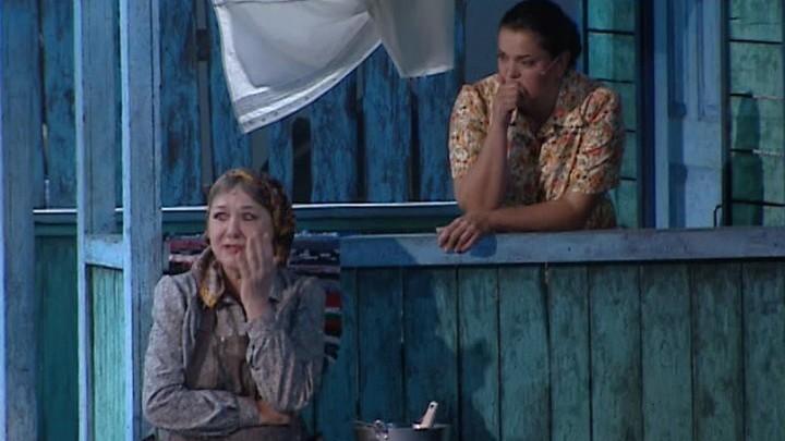 """В Театре оперетты поставили лирическую комедию """"Любовь и голуби"""""""