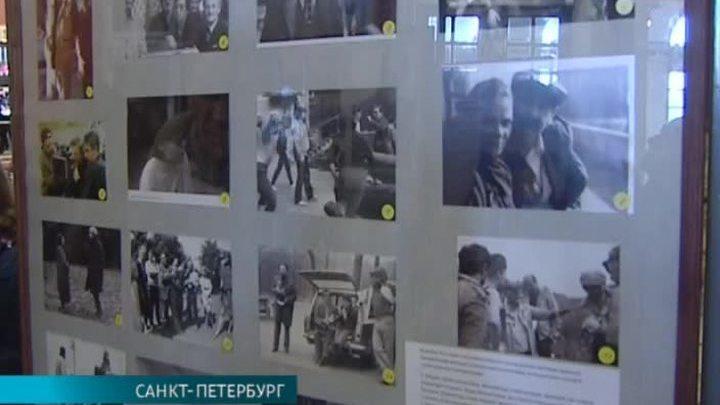 """Историю российского кино рассказывает фотовыставка """"Жизнь за кадром"""""""