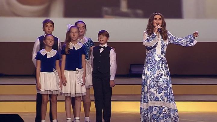 Дина Гарипова и Большой детский хор - «Журавлиная песня»