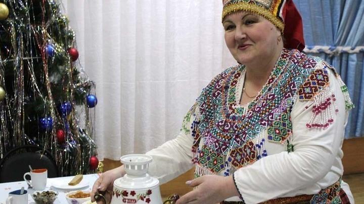 Хозяйка вечера - руководитель ансамбля «Моро» Марина Макаркина.