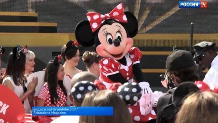 Звезду на Аллее славы Голливуда получила героиня мультфильмов Минни Маус