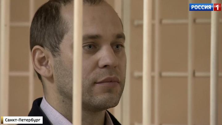 """Первый арестованный по """"театральному делу"""" страдает паническими атаками"""