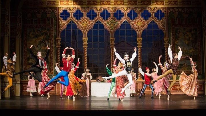 """Балет """"Ромео и Джульетта"""" театра балета имени П. Чайковского, Санкт-Петербург. Фото Д.Кочеткова."""