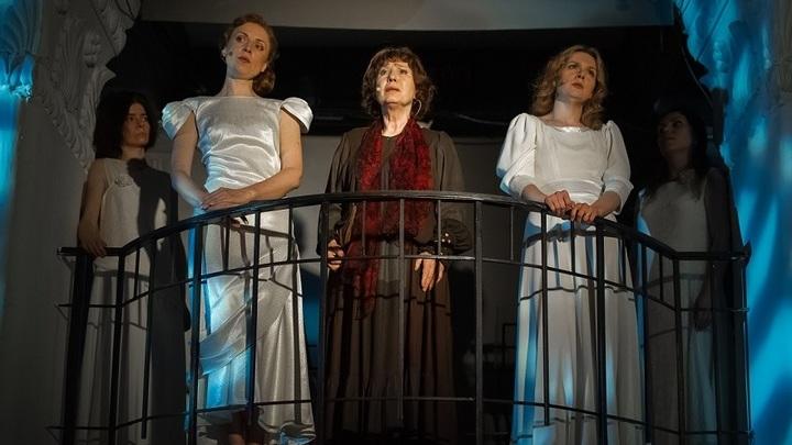 Театр Елены Камбуровой отправляется в гастроли по театрам Москвы