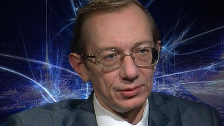 Политолог Евгений Крутиков.