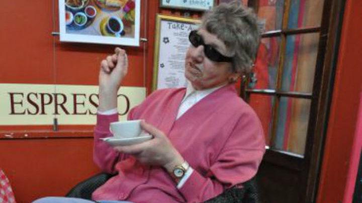 Лин Оливер стала одной из первых, кто опробовал умные очки и остался ими очень доволен