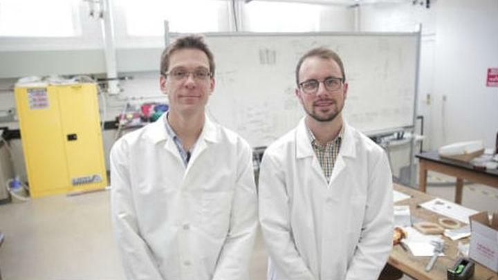 Разработчики новой технологии Майкл Арнольд и Геральд Брейди.