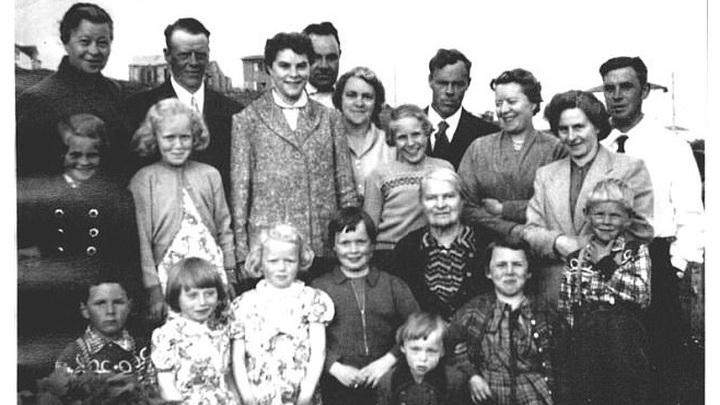 Некоторые из многочисленных потомков Ханса Джонатана.