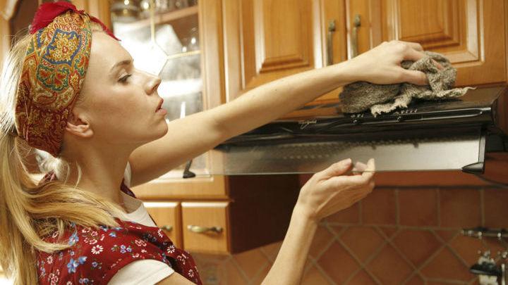 Исследователи выяснили, можно ли использовать слюну в качестве чистящего средства.