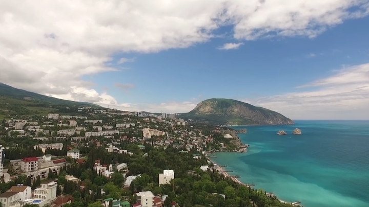 Канада ввела новые санкции против России из-за Крыма
