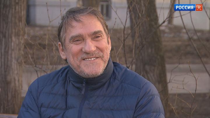 Валерий Гаркалин принимает поздравления с юбилеем