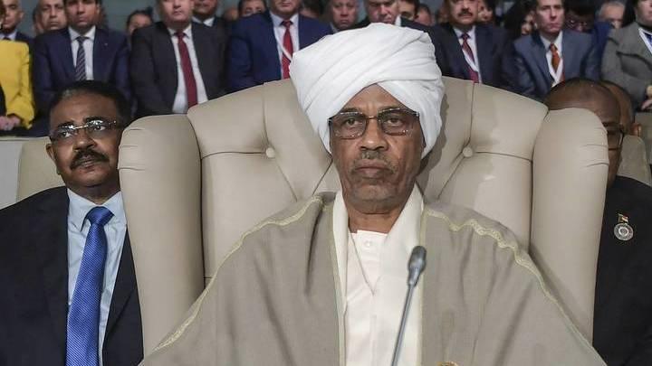 Председатель Суверенного совета в Судане объявил о роспуске правительства