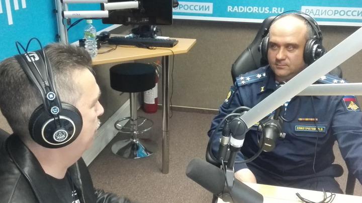 """Галим Вергасов и полковник Василий Елистратов в студии """"Радио России"""""""