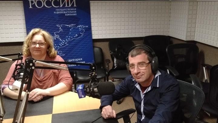 Ольга Копылова и Виктор Александрович в студии